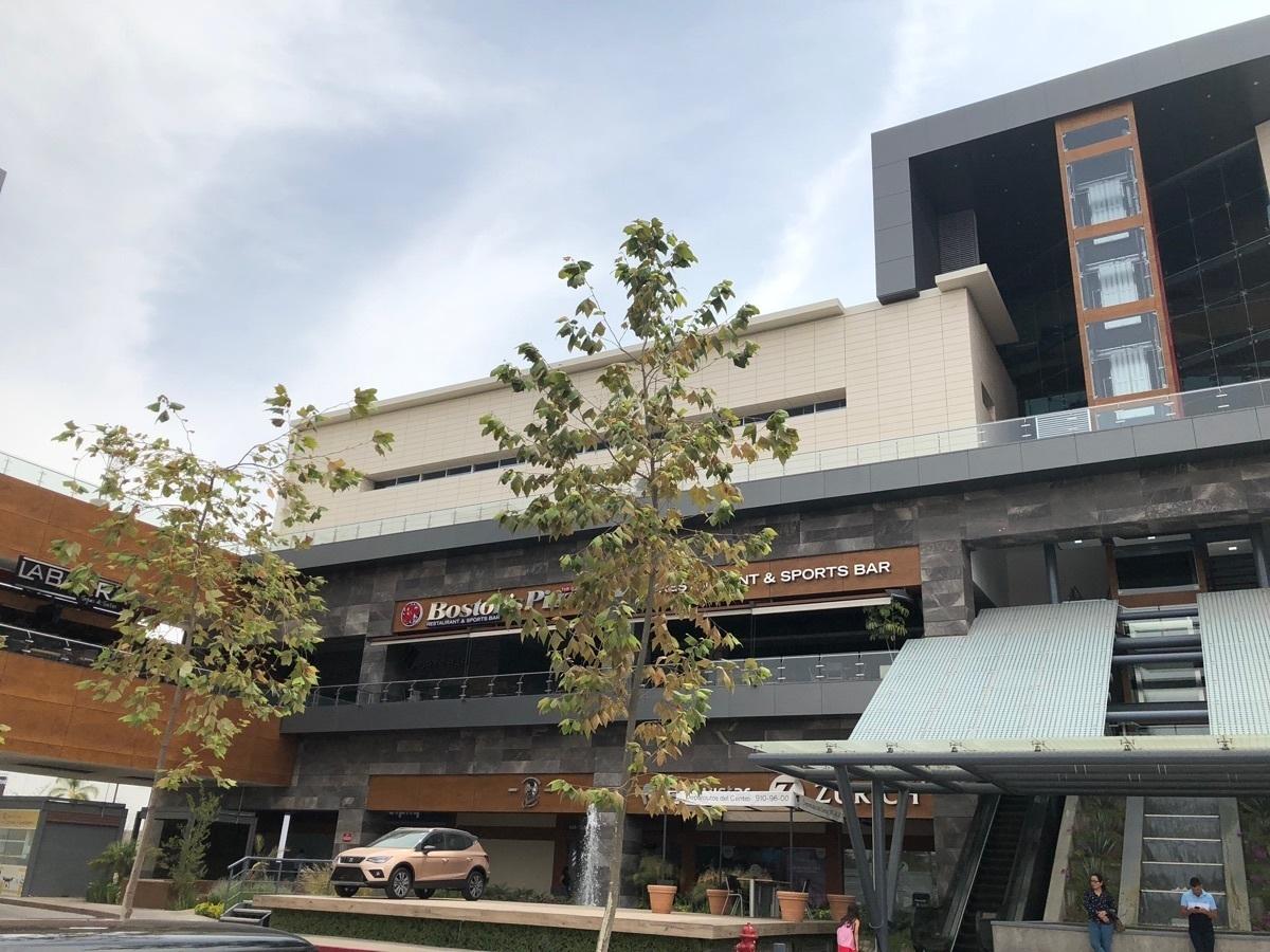 1 de 43: Parte de la fachada