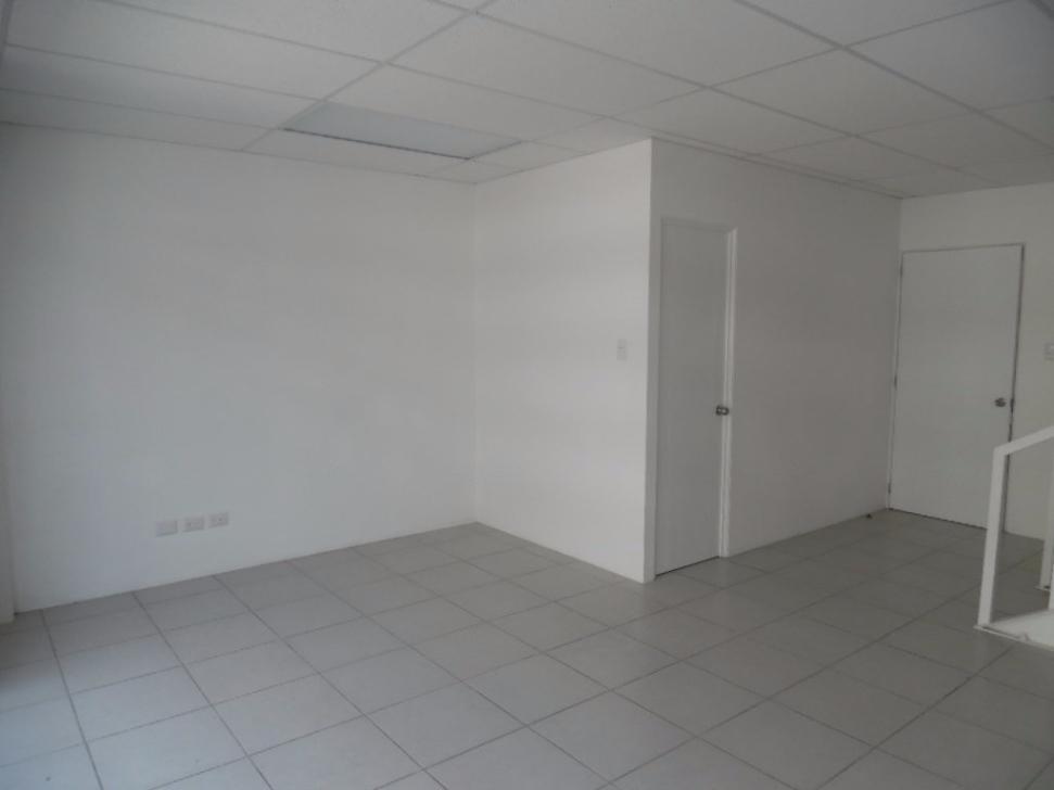 5 de 10: Área de oficina en el primer nivel