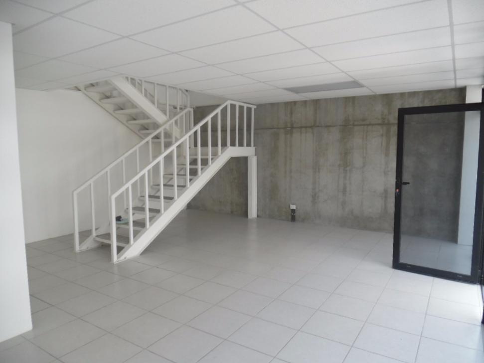 6 de 10: Vista de la oficina primer nivel