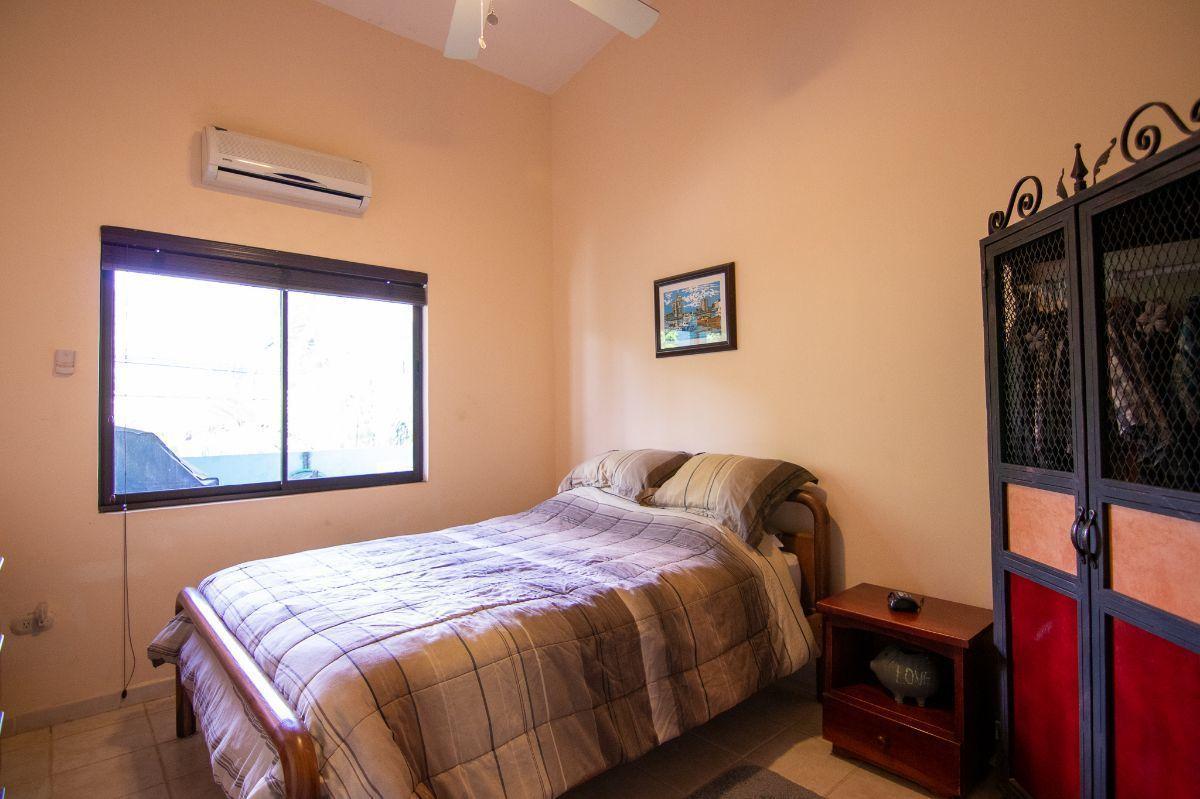 6 of 10: Master bedroom