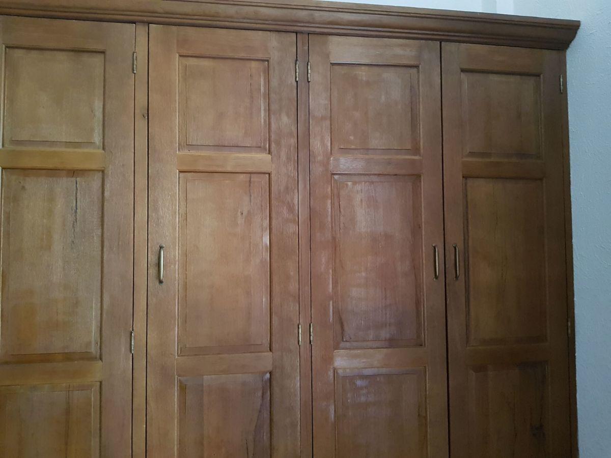 39 de 48: Closet