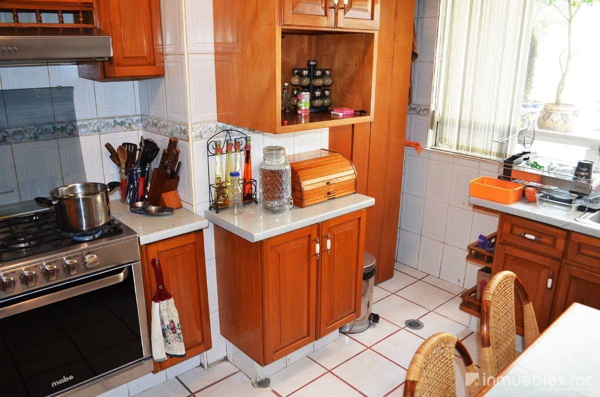 10 de 29: cuarto de lavado integrado a la cocina