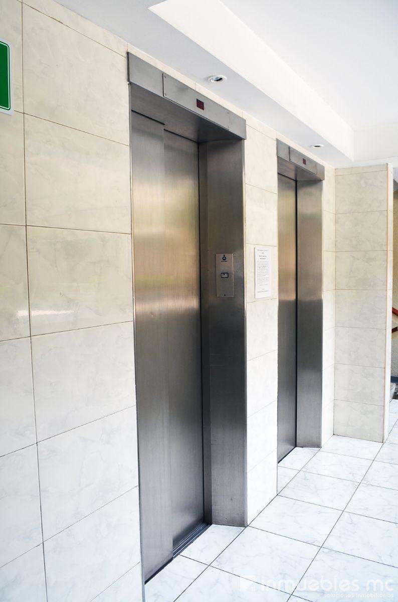 23 de 29:  2 elevadores