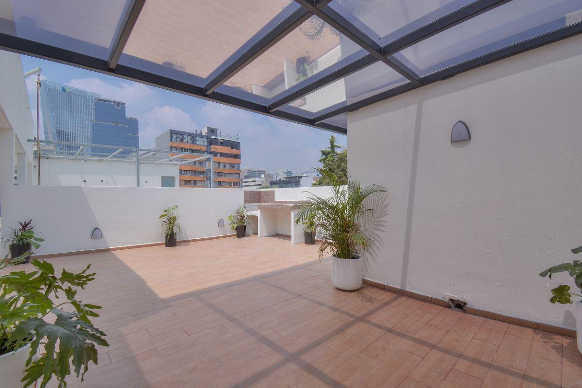 28 de 32: Roof garden con vistas