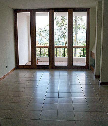 11 de 12: área para comedor con salida al balcón (sin muebles)