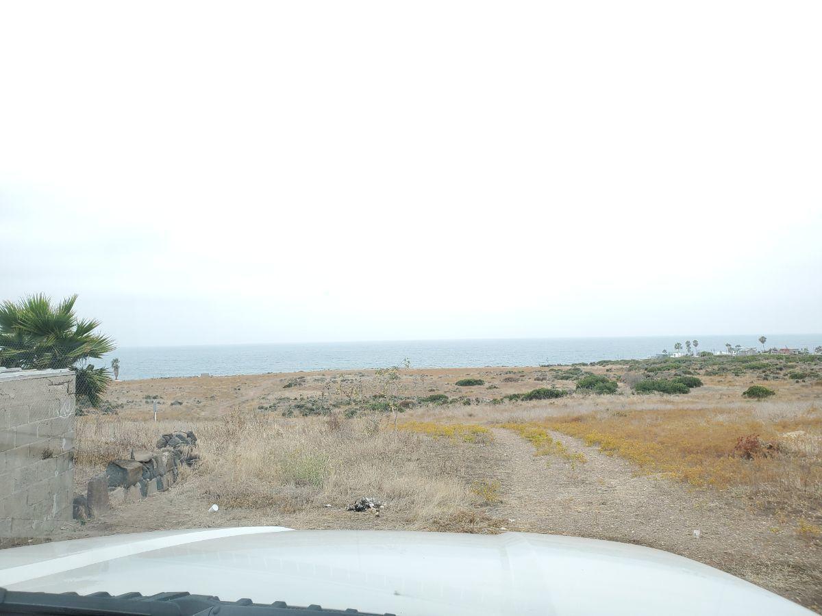 2 de 12: Vista al mar 2