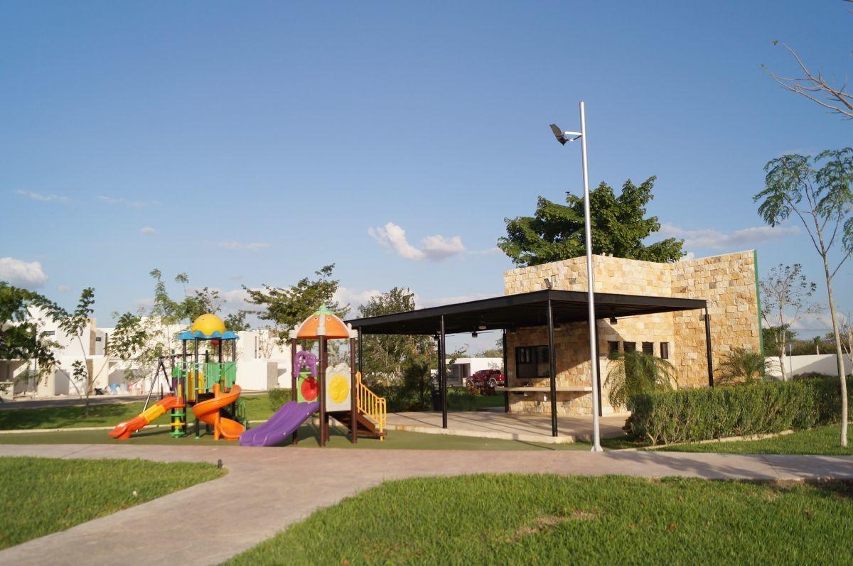 9 de 11: Área de Juegos Infantiles