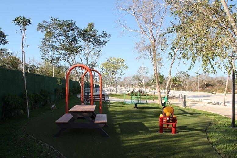 5 de 23: Área de Juegos Infantiles