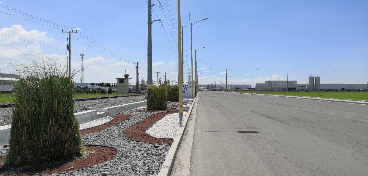 2 de 11: Vista de avenidas colindantes a la propiedad