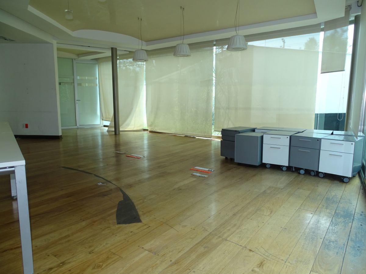 21 de 28: Area abierta de trabajo