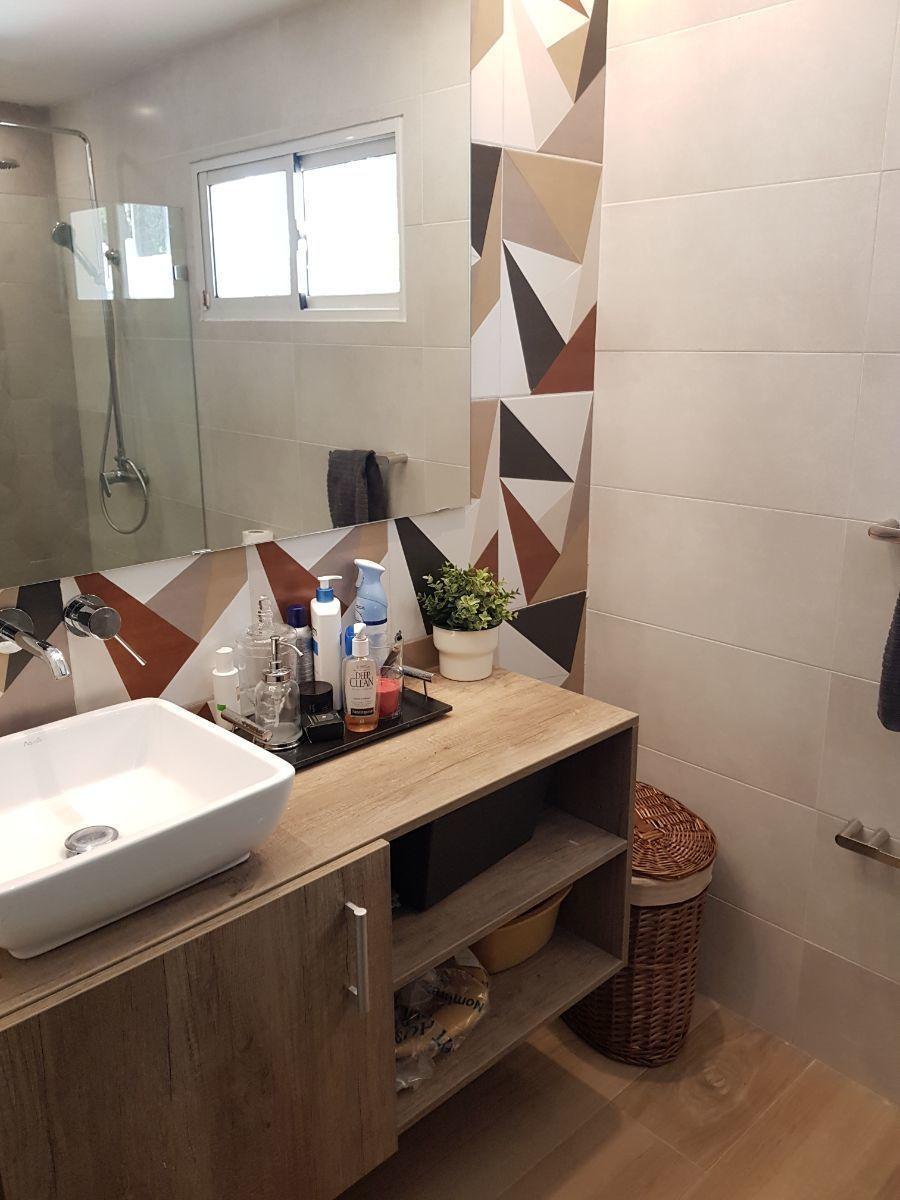 14 de 35: baño habitacion secundaria