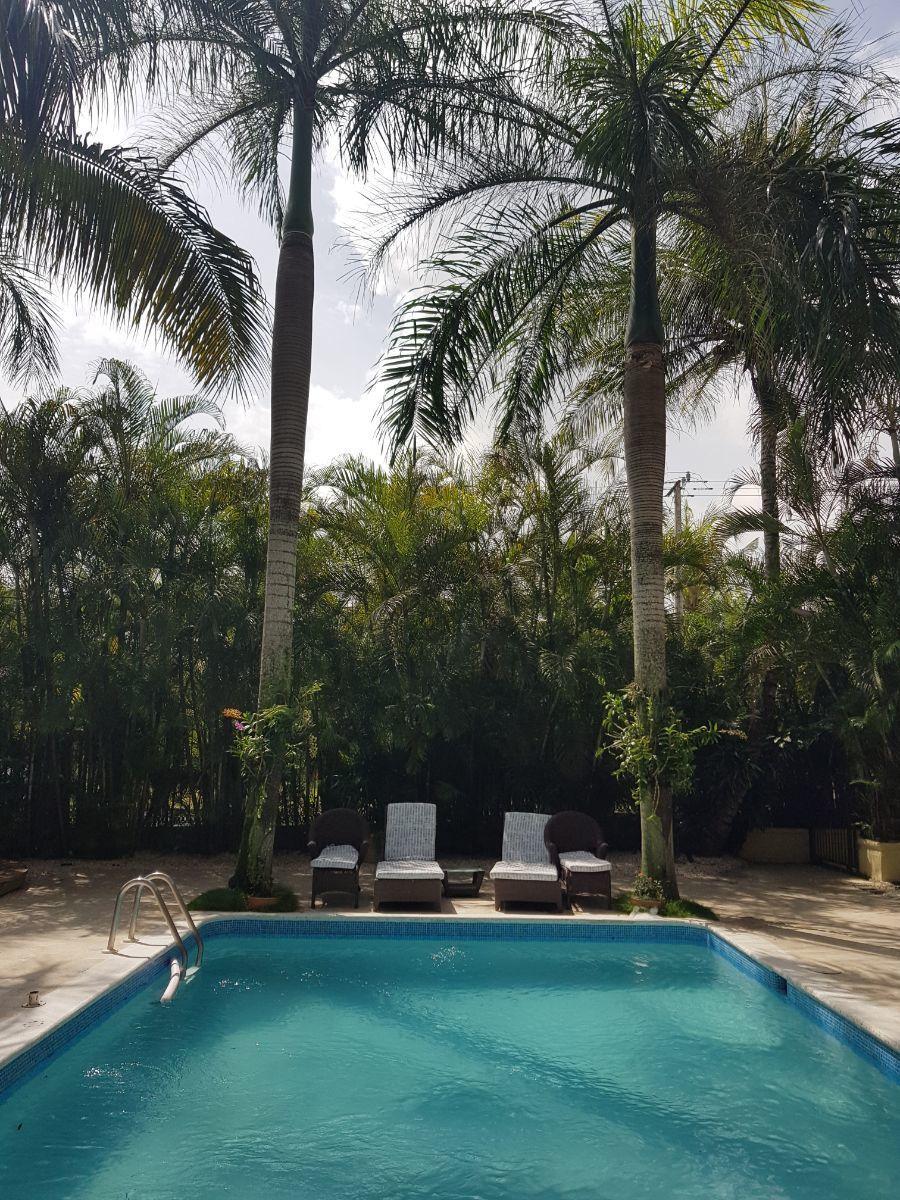 25 de 35: area piscina