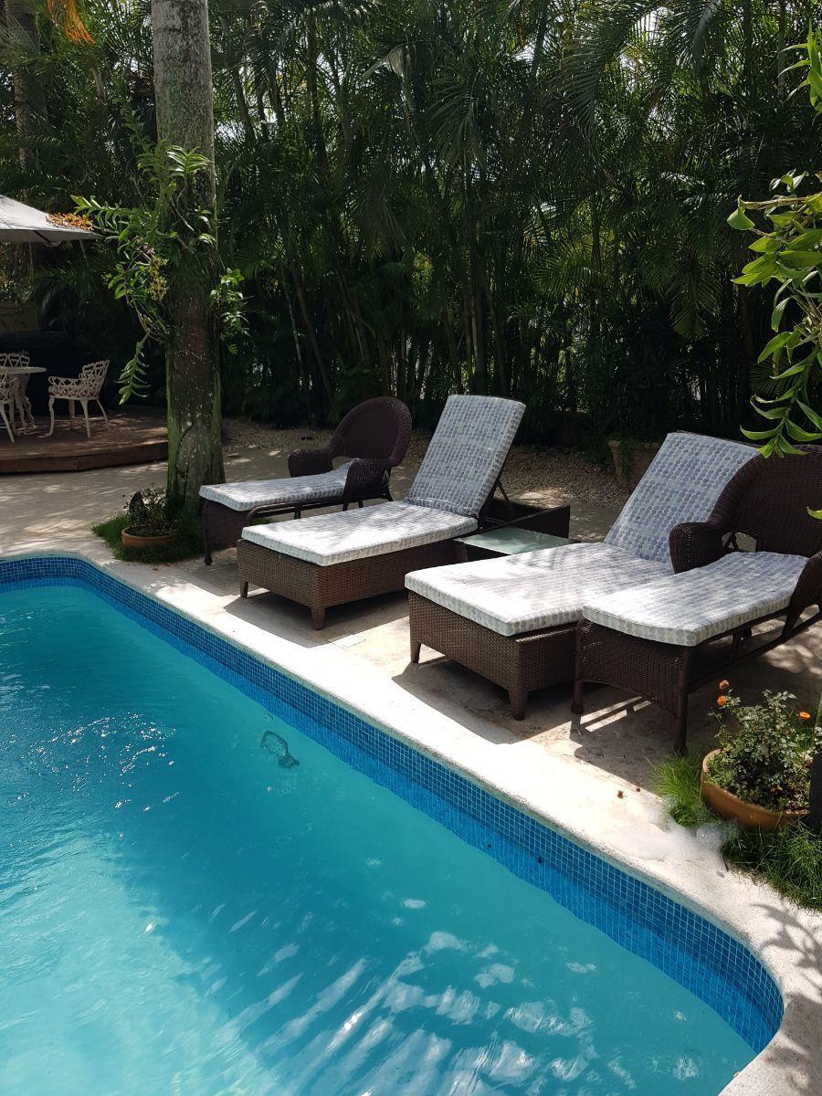 30 de 35: area piscina