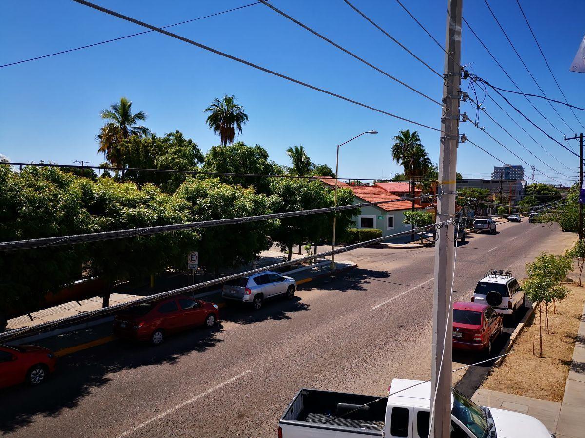 8 de 11: ABUNA CUADRA DE CENTRO HISTÓRICO  Y  DOS DE CATEDRAL