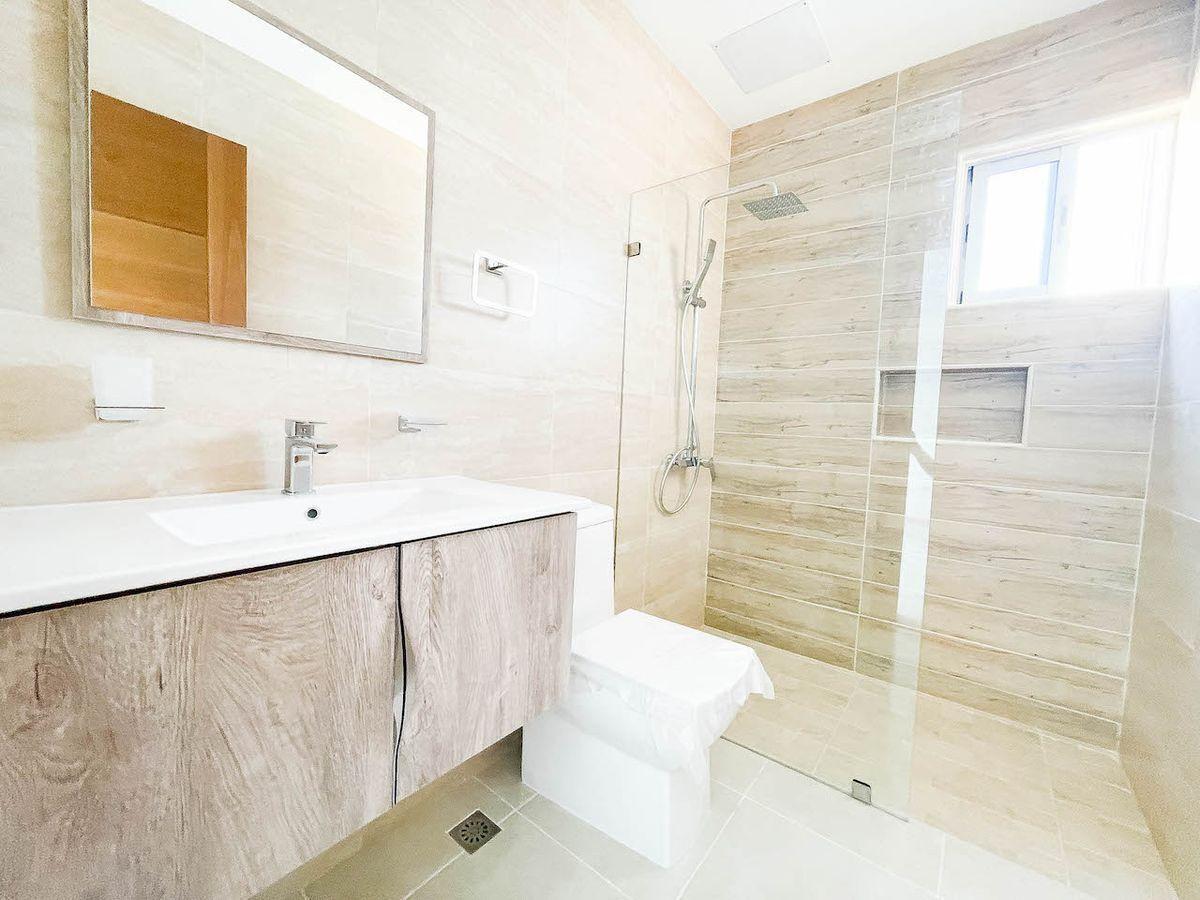 8 de 10: Baño Habitación #2