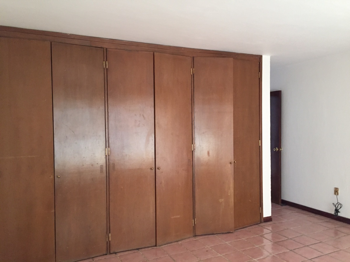 11 de 23: armario de recámara principal