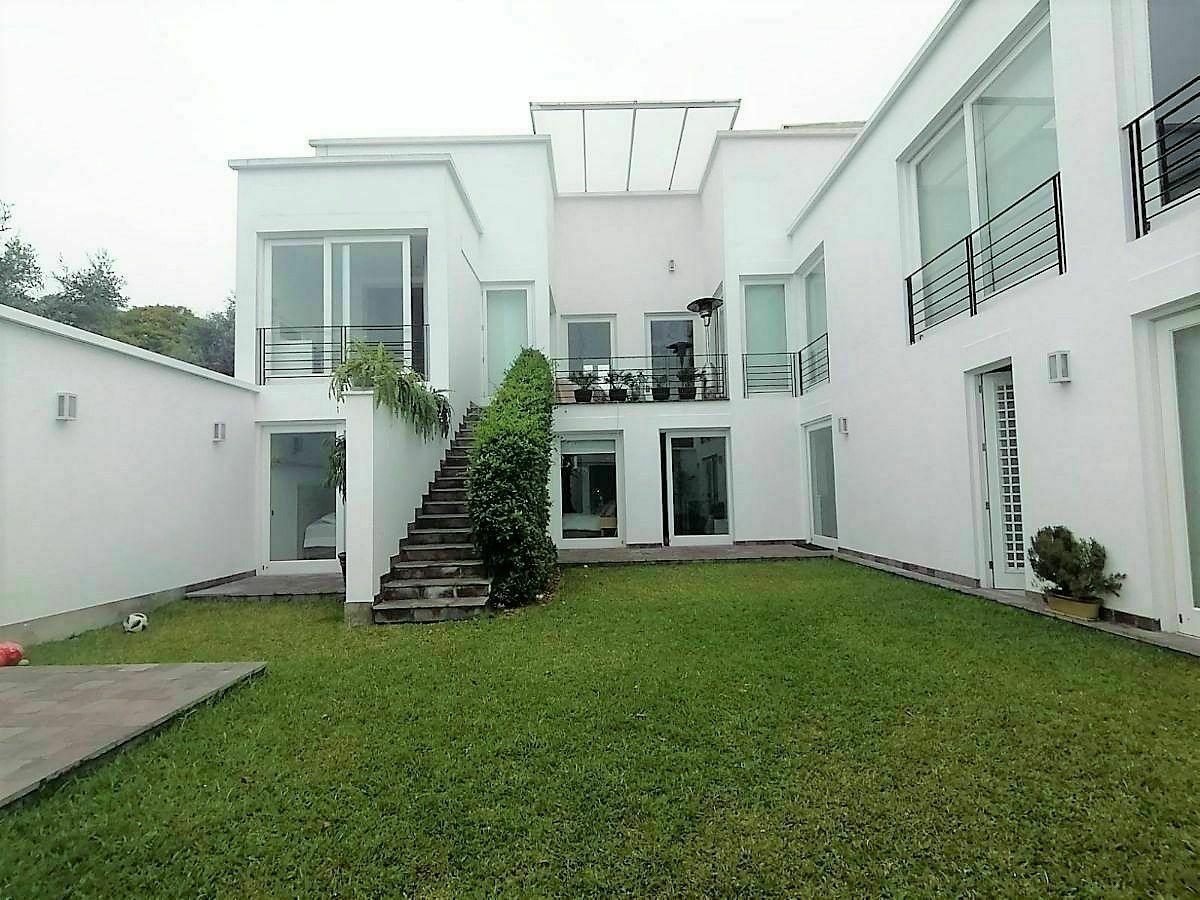 5 de 21: Fachada Posterior e Interior de la Casa Mario Lara