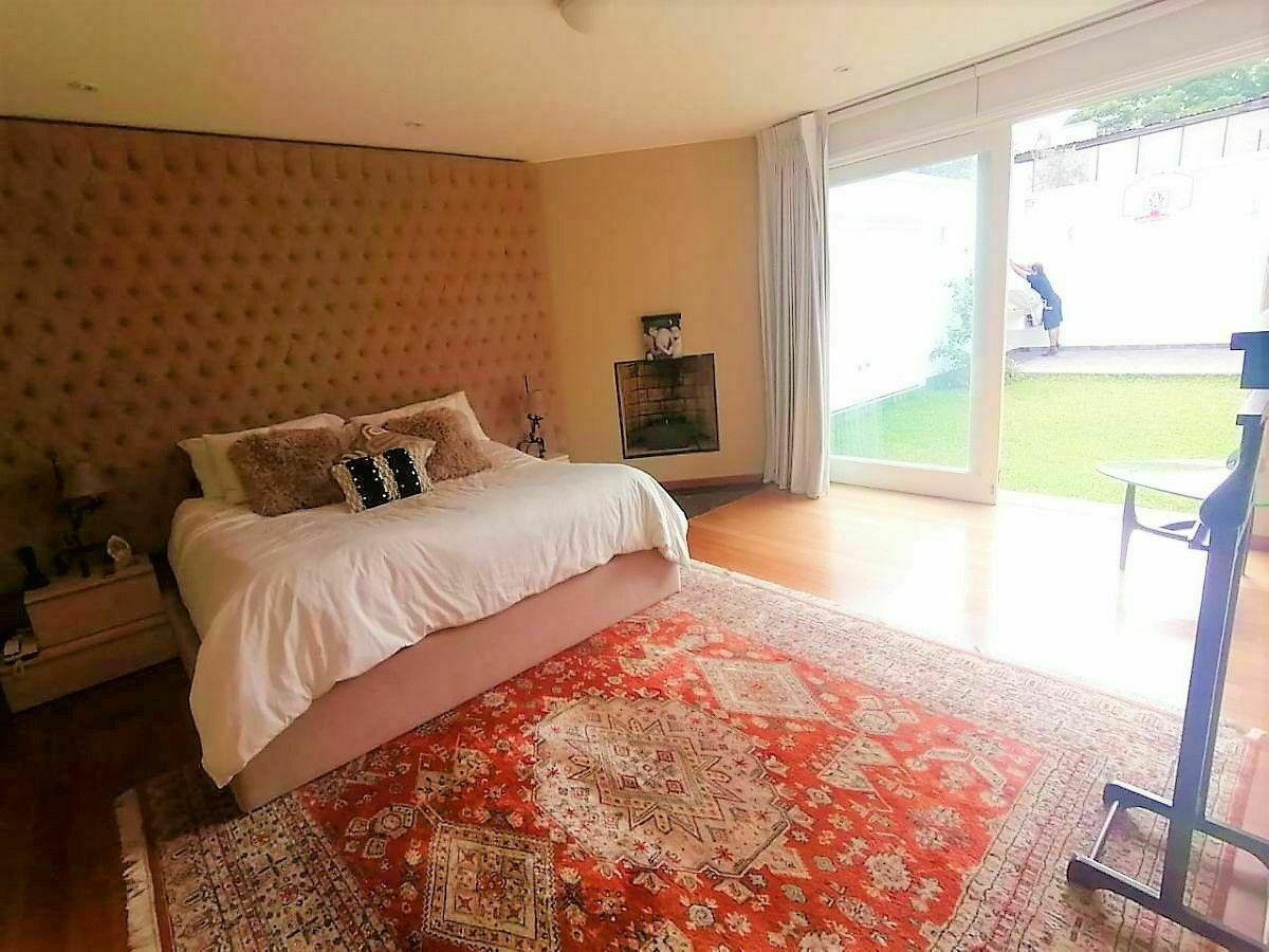7 de 21: Amplio dormitorio Principal con salida al jardín