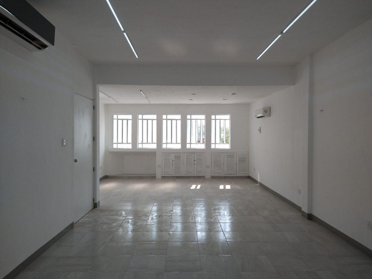 5 de 27: Area de oficinas