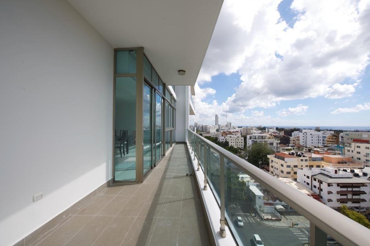 1 de 16: Balcón