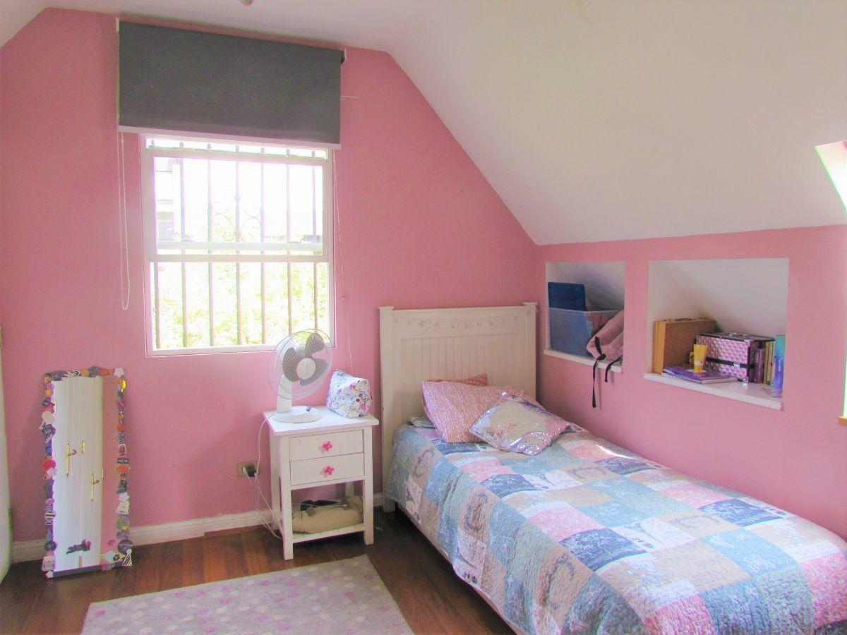 15 de 19: Dormitorio 4