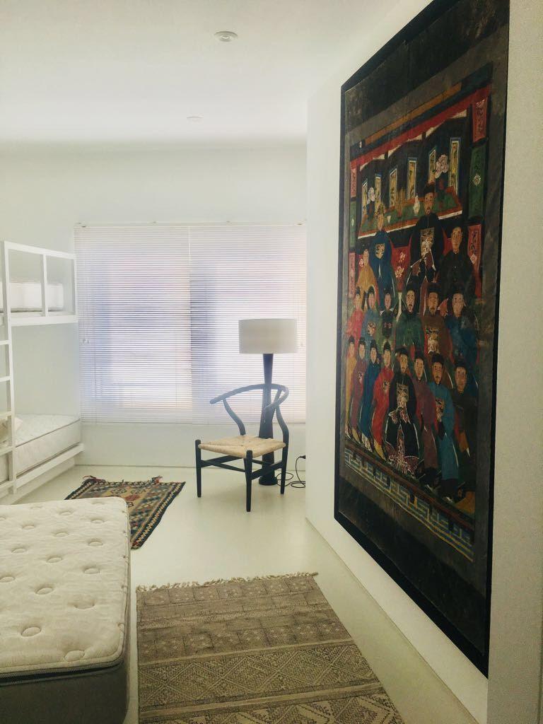 13 de 29: Uno de los dormitorios secundarios con camarote y queen