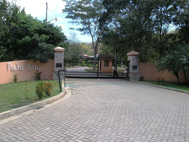 1 of 9: Entry to Palo Alto residential community