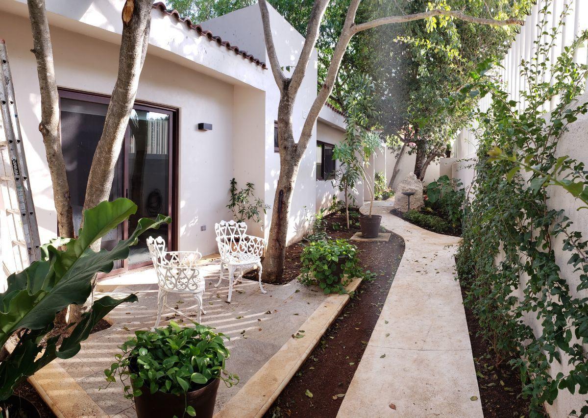10 of 24: terraza de la recamara de visitas