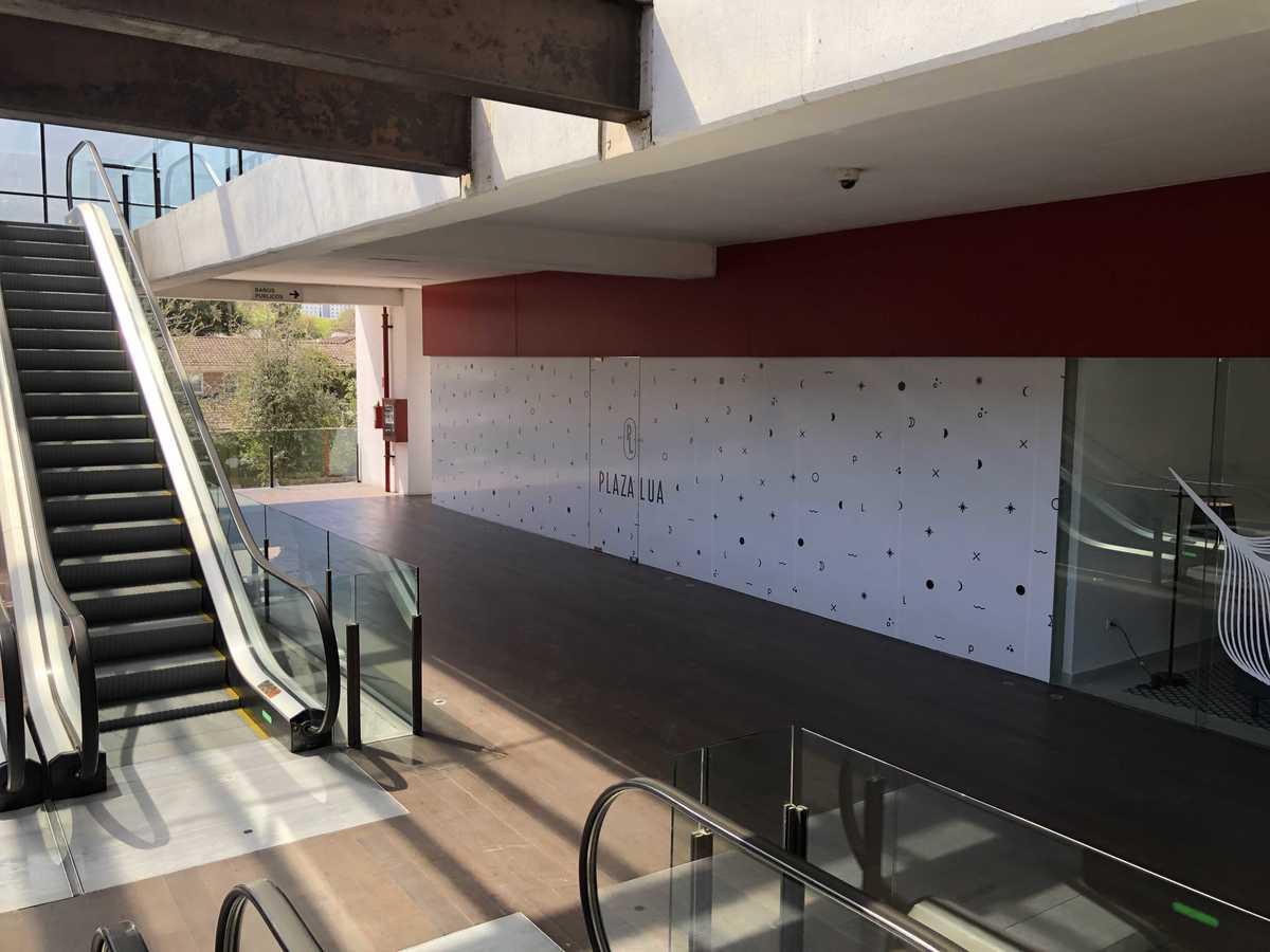 1 de 10: Amplio local en 2° piso de Plaza Lúa