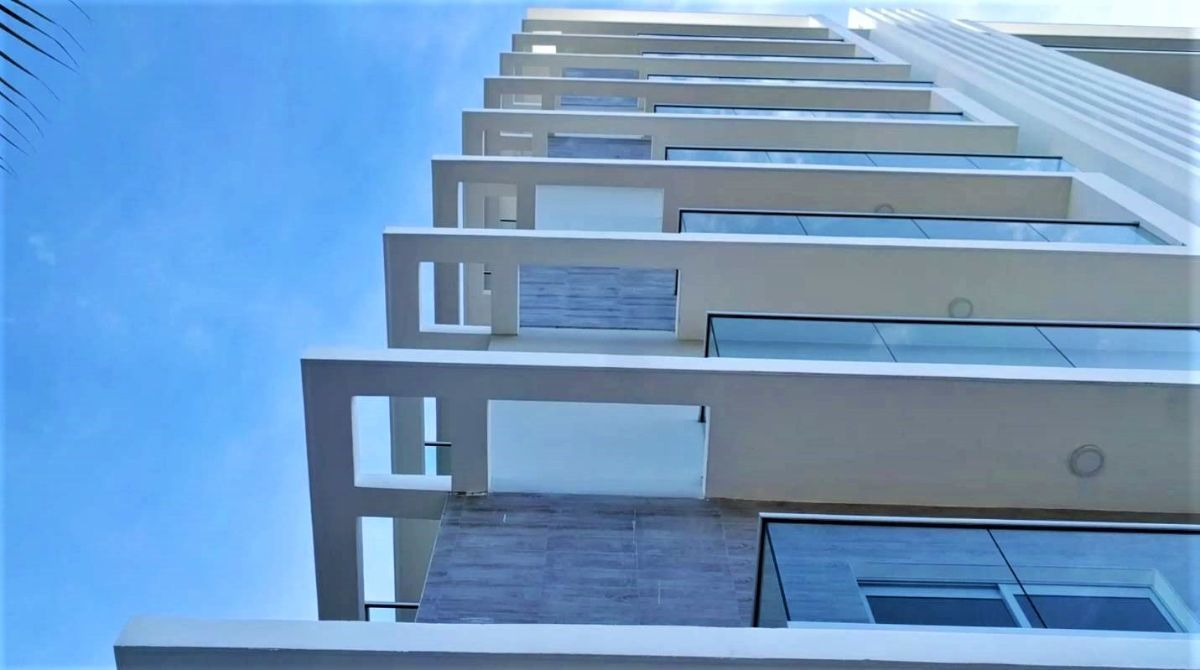 3 de 26: Diseño contemporáneo  de Shanti Tower
