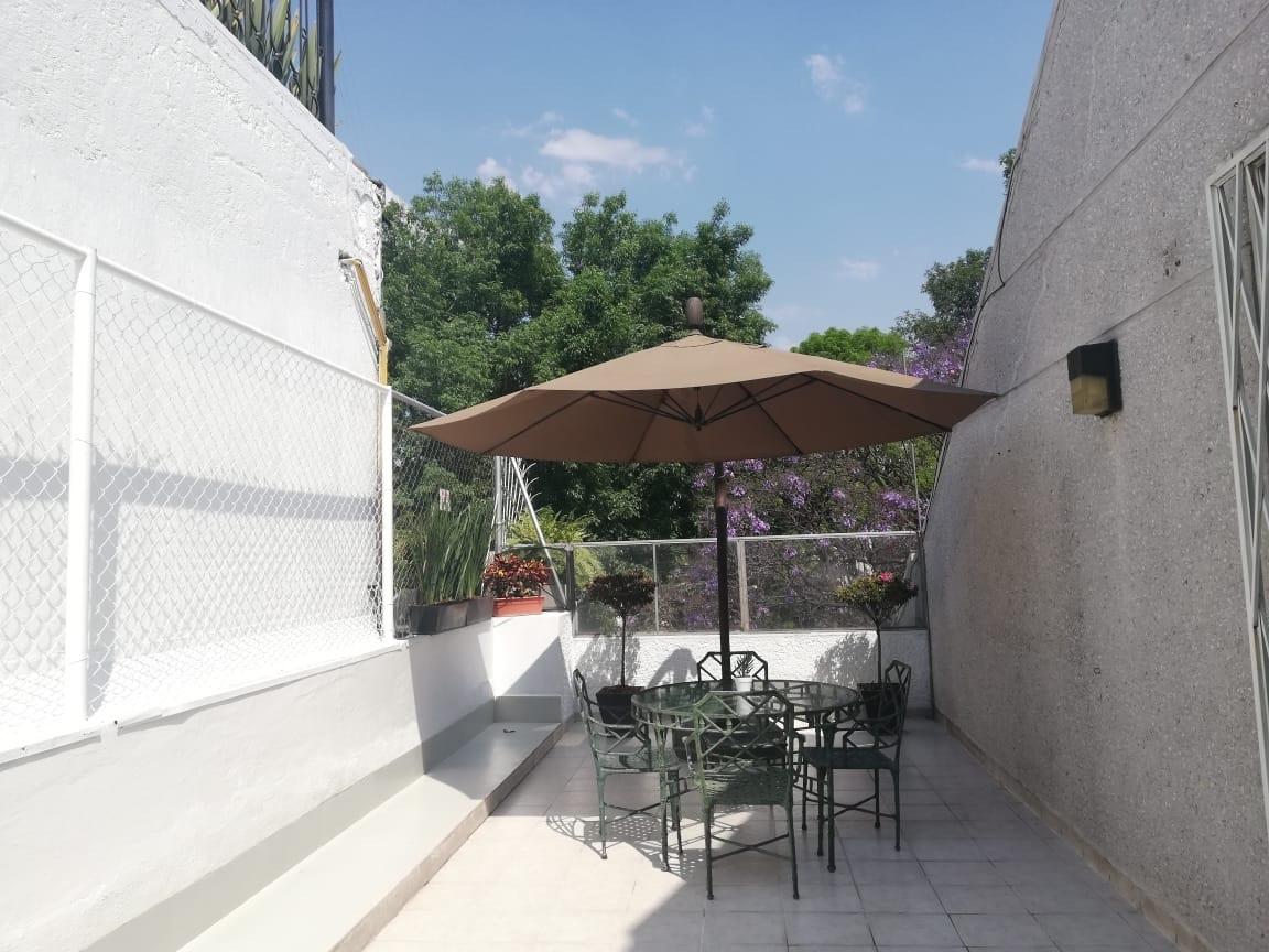 6 de 23: Terraza de 53 m2 afuera de la recámara principal