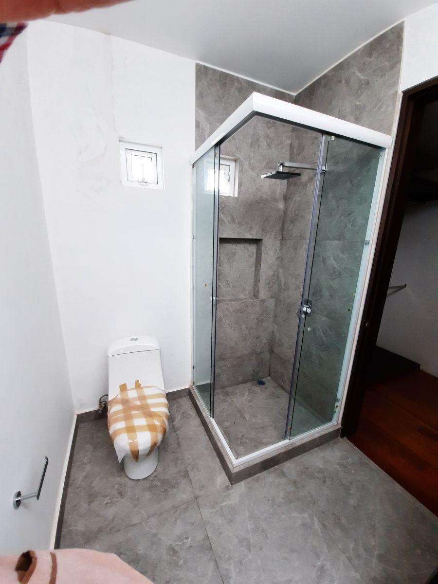 12 de 14: Cancel y wc baño principal
