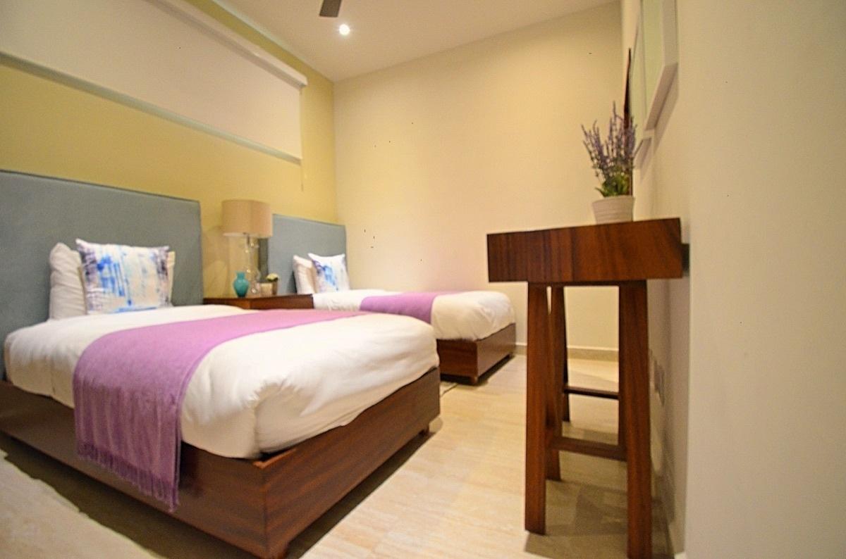 23 de 31: Bedroom 2, 2 single beds