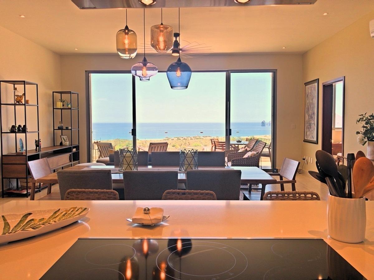 7 de 31: Kitchen View