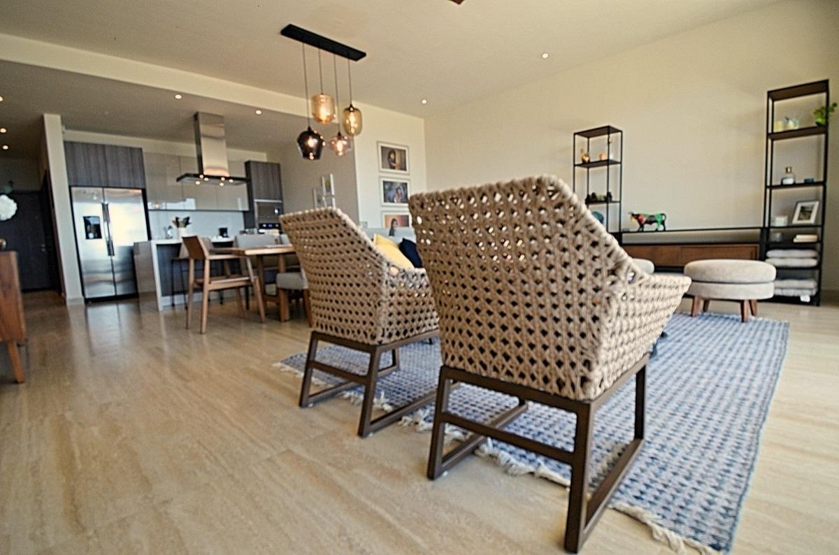 4 de 31: Living Room