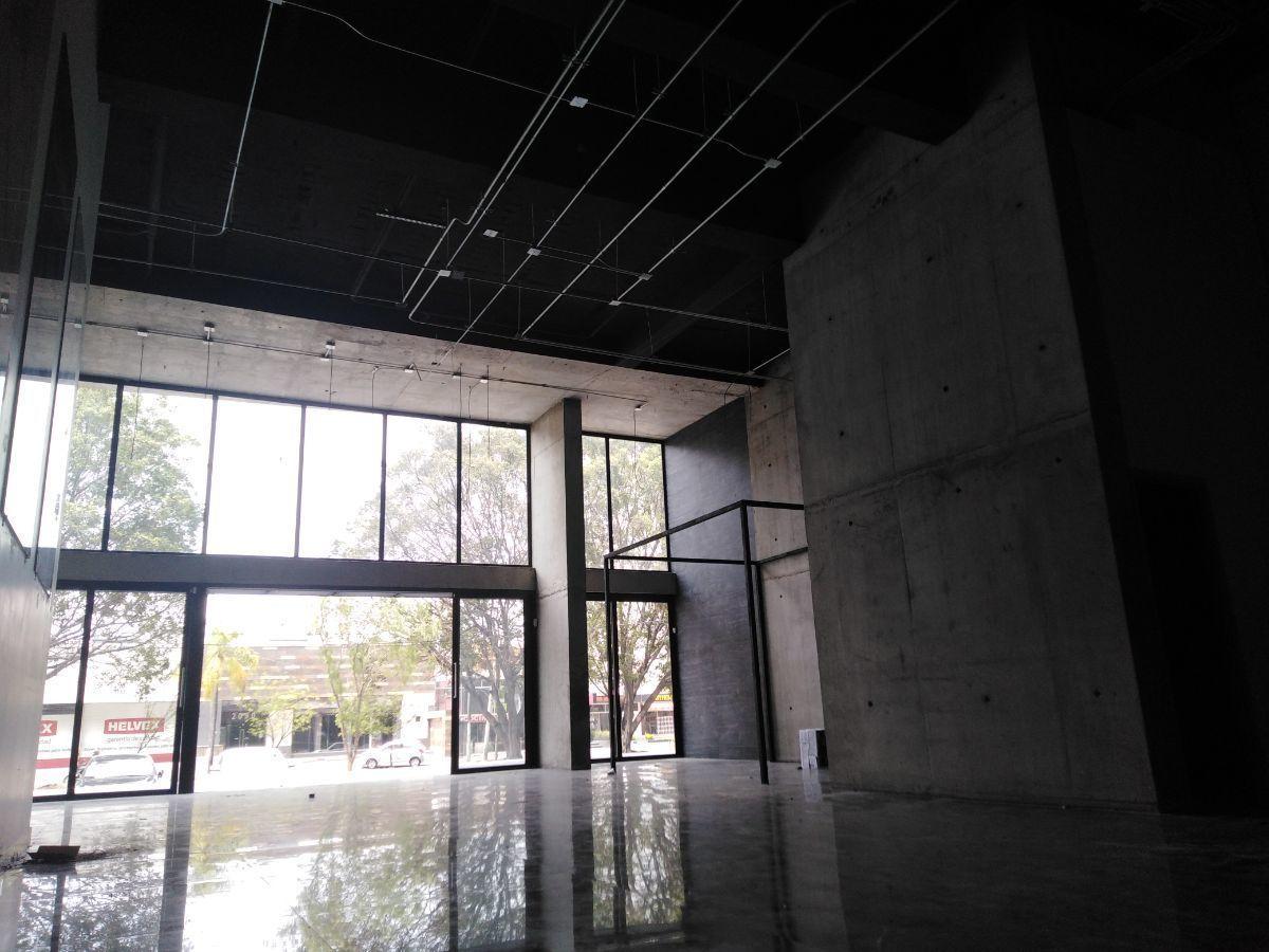 7 de 16: interior Vista a Av. Niños Héroes