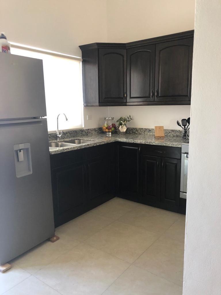 8 de 18: Muebles de cocina con electrodomésticos incluidos