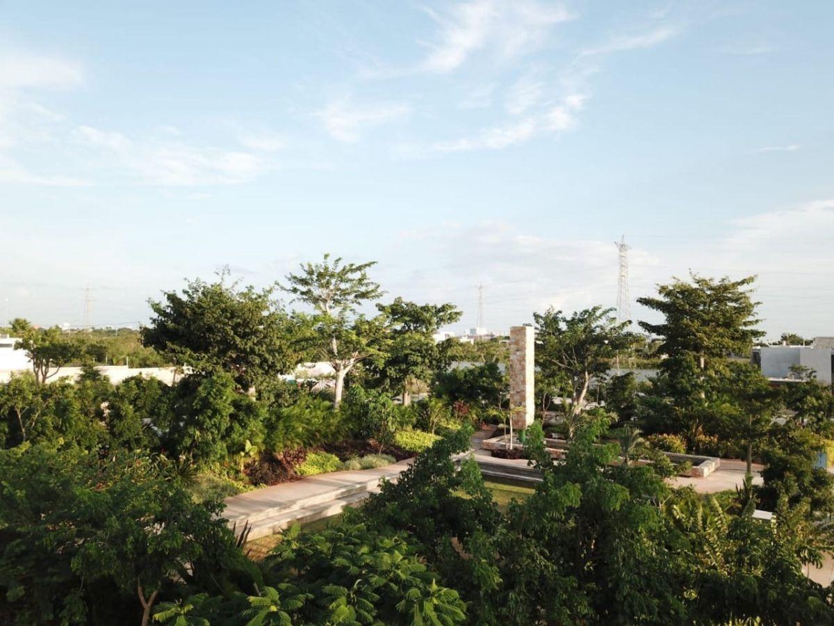 3 de 9: Terreno en Venta en Privada, Mérida, Yuc. Chichen Realty