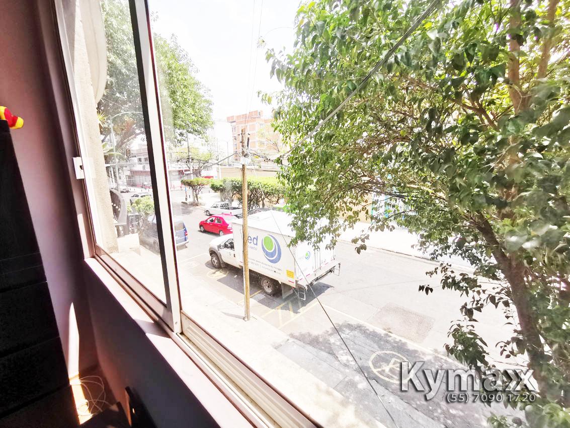 44 de 46: Vista al exterior desde la Recámara Principal