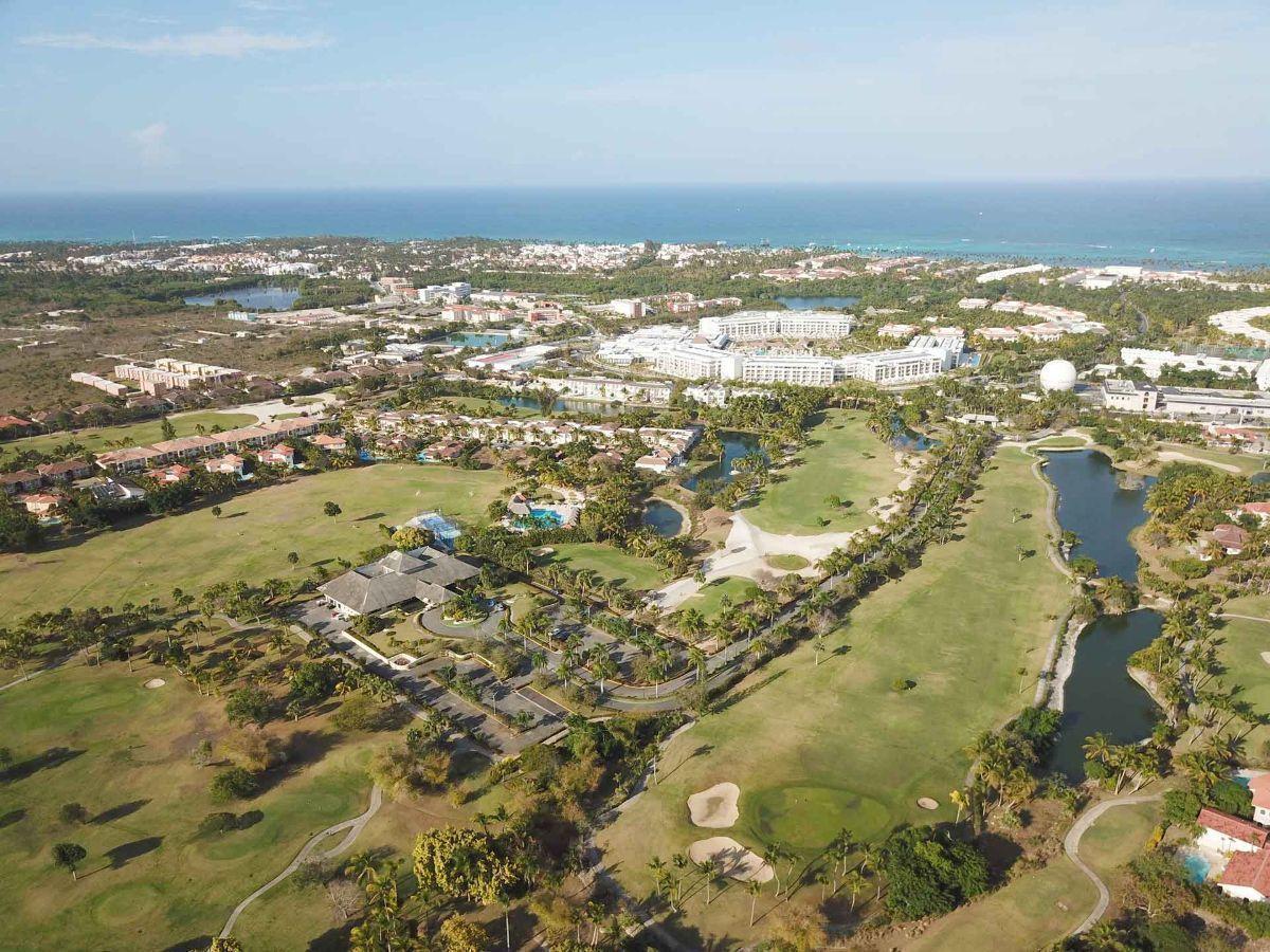 13 de 32: Apartamento en venta golf suite vista jardin 2 dormitorios