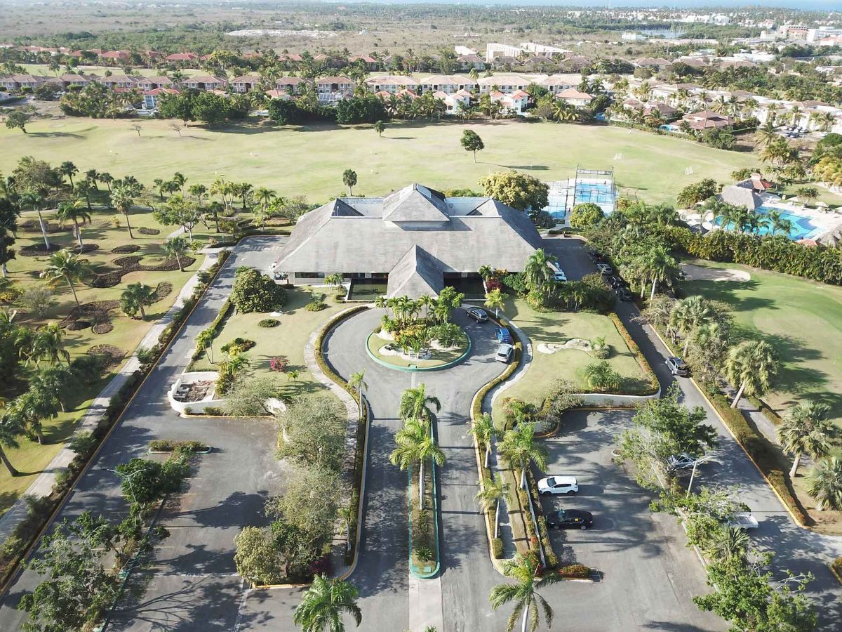 14 de 32: Apartamento en venta golf suite vista jardin 2 dormitorios