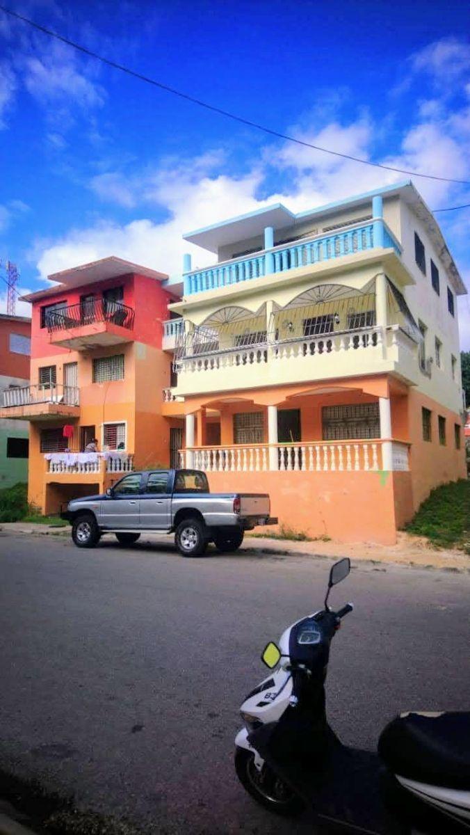 1 de 11: Apartamento en 3er piso