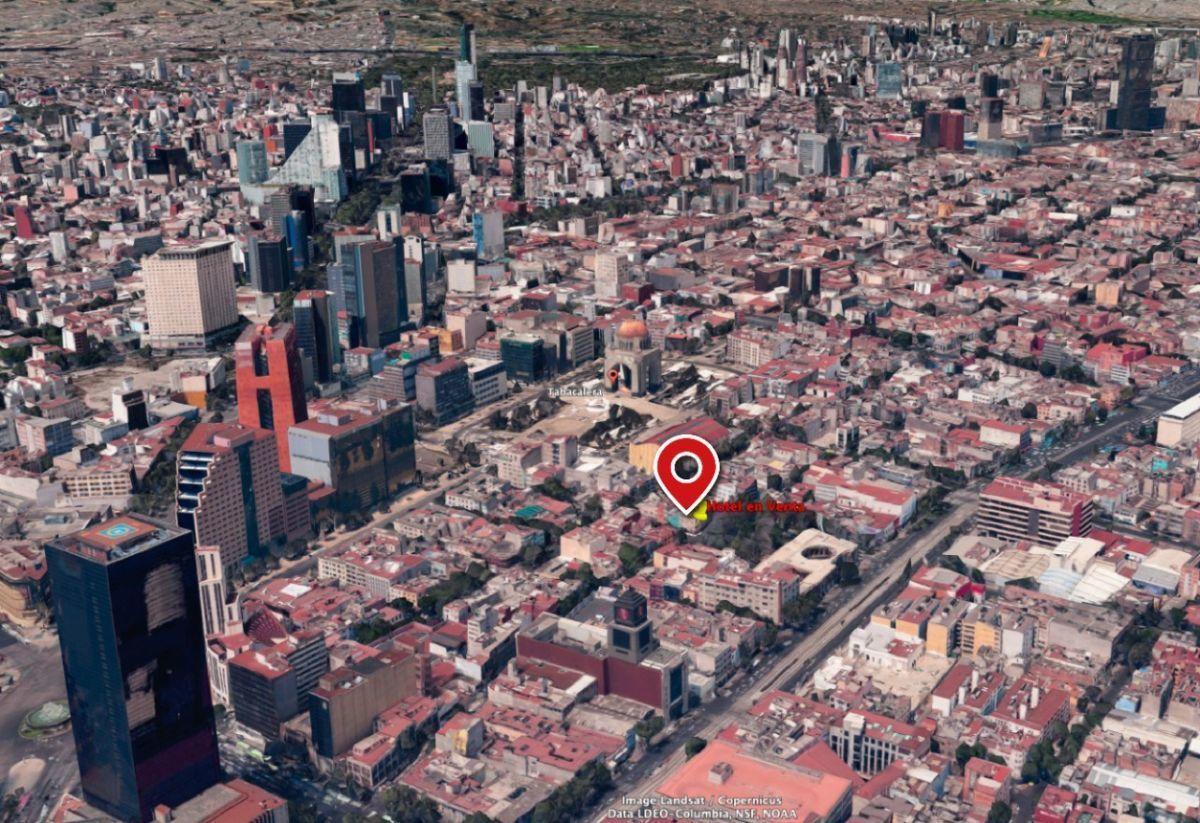 8 of 15: A pocos metros de Reforma e Insurgentes