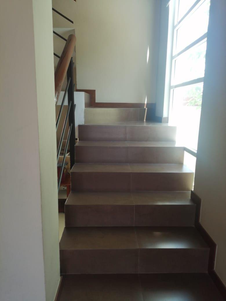 6 de 22: Escaleras