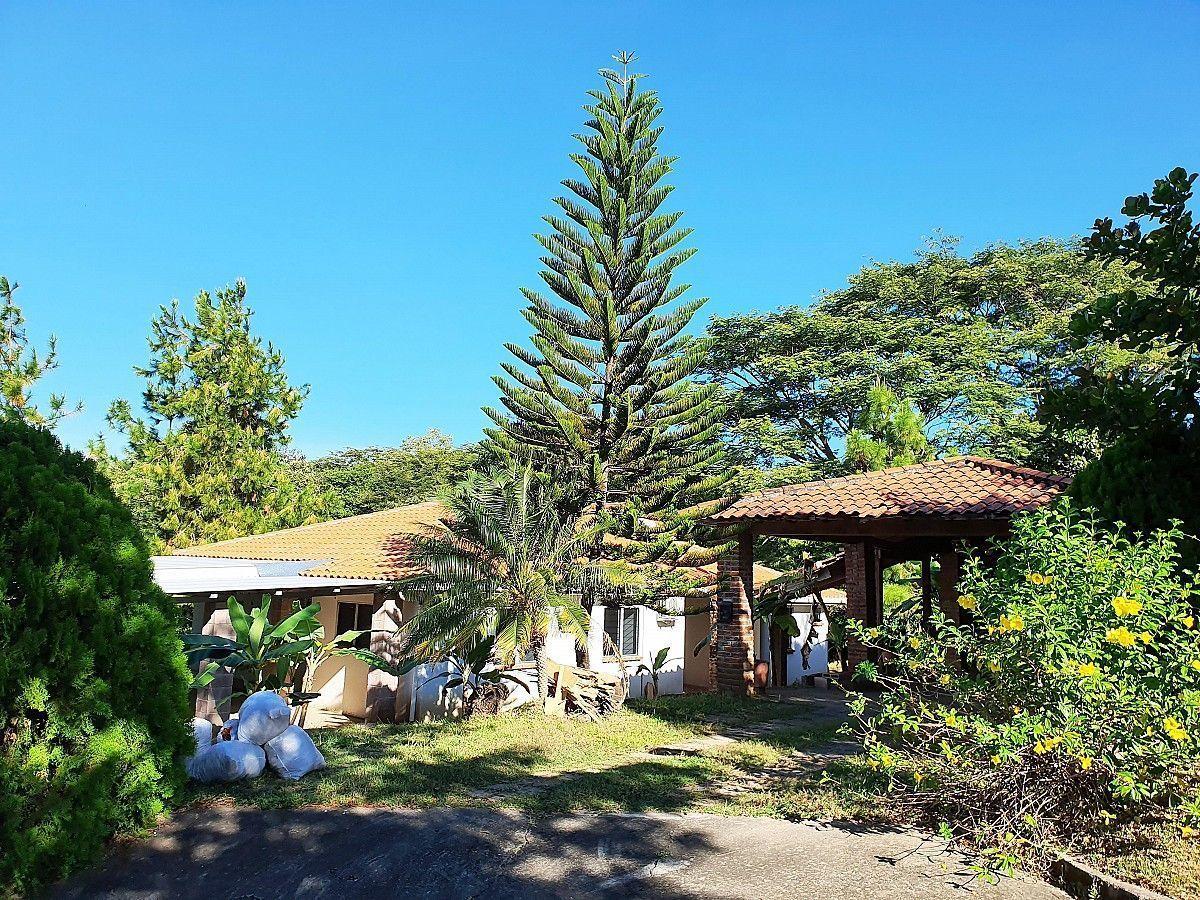 1 de 12: Casa en La Hacienda - Vista Principal