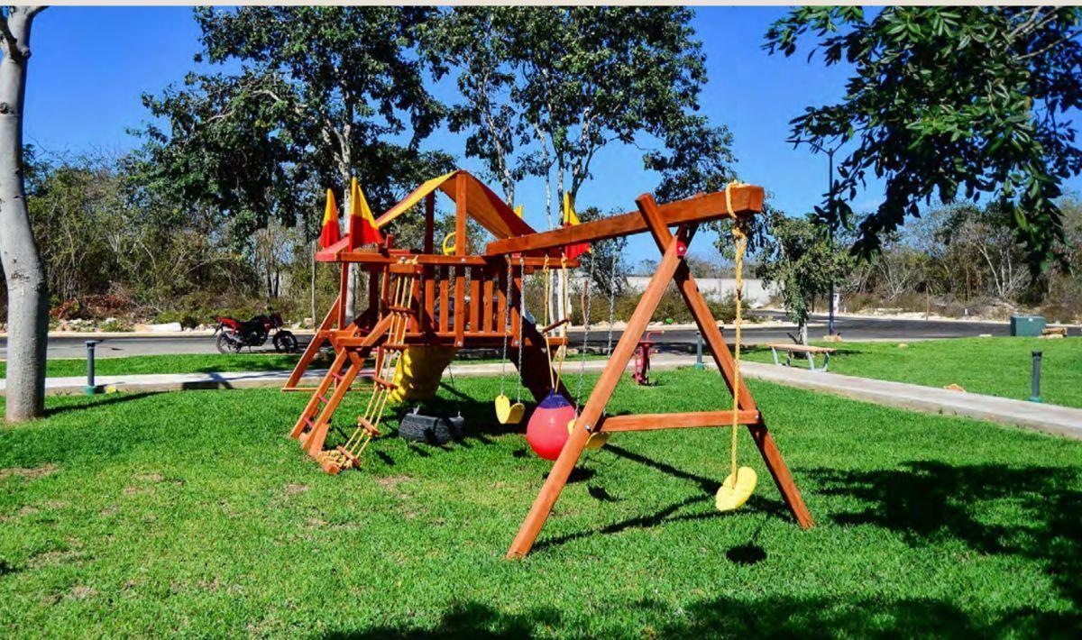 29 de 30: Área de Juegos Infantiles