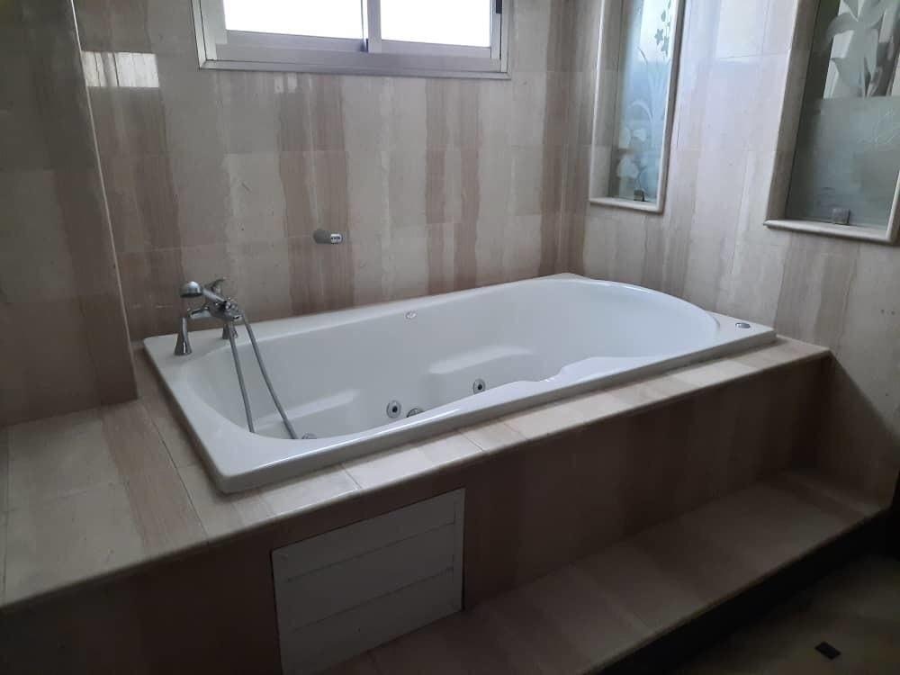 8 de 15: Baño Principal