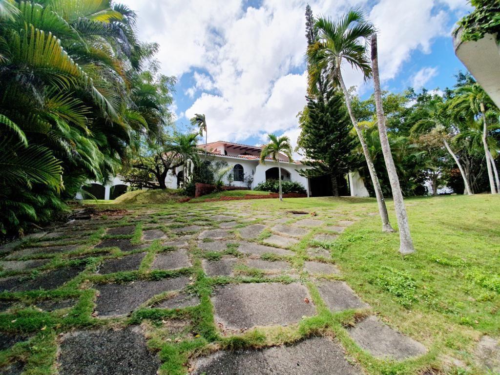 12 de 16: Villa Mansion Cuesta hermosa 1 santo domingo de portunidad