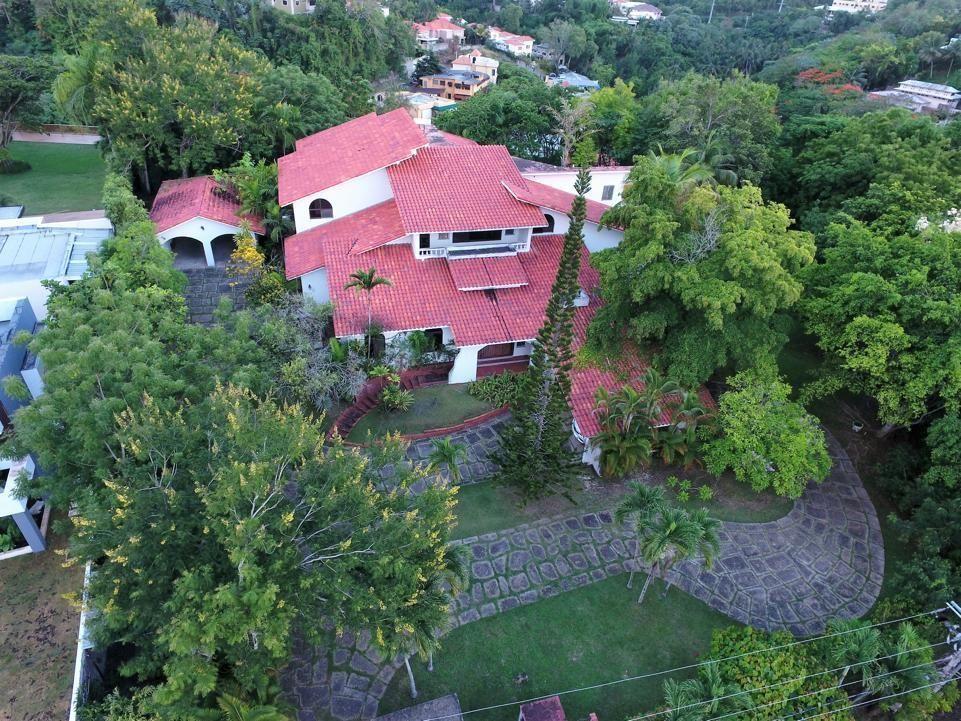 1 de 16: Villa Mansion Cuesta hermosa 1 santo domingo de portunidad