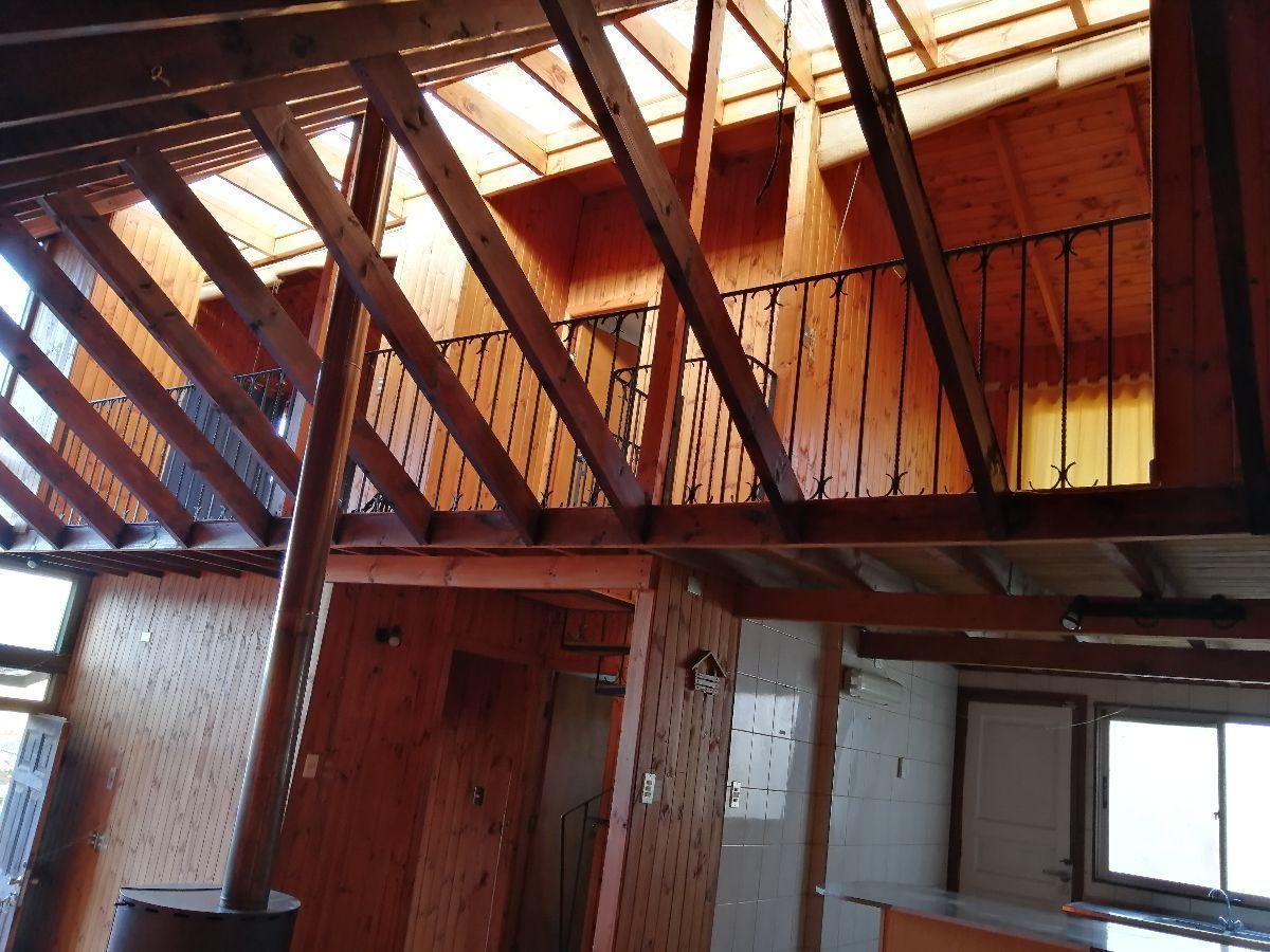 7 de 25: Vista a los dormitorios del segundo piso